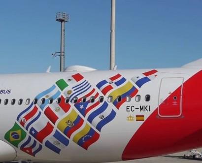 Iberia presenta el avión conmemorativo de sus 70 años en América Latina