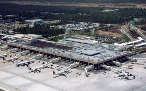 Lanza AMLO cuatro ataques sobre el dueño del aeropuerto de Cancún |  Noticias de turismo REPORTUR