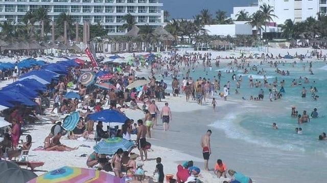 Cancún se vuelca con el turismo nacional para salvar la temporada ...