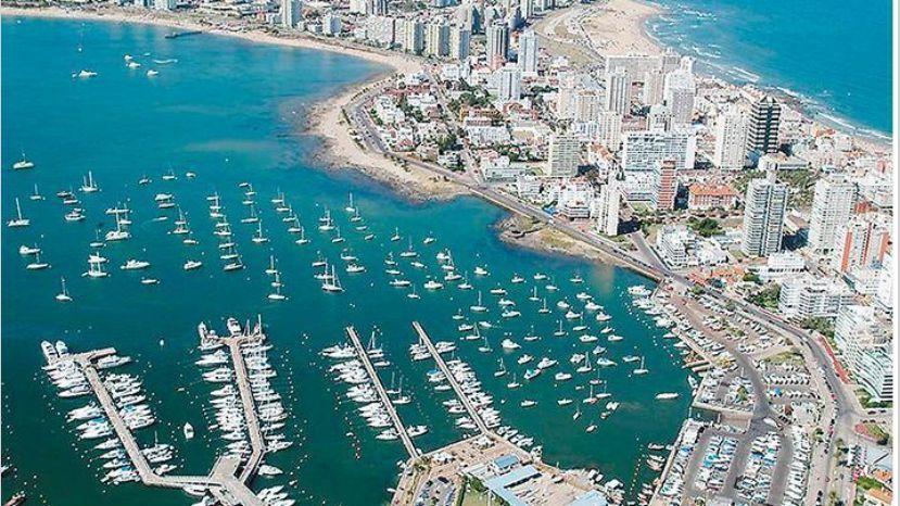Uruguay lanza un plan para recibir turistas argentinos y brasileños    Noticias de turismo REPORTUR